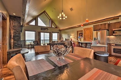 Somerset Vacation Rental Home | 3BR | 4BA | 2,600 Sq Ft | Stairs Required