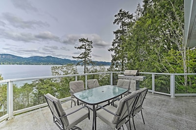 House Exterior | Boat Dock | 4.5 Private Acres