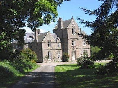 Exterior view of Kinblethmont House