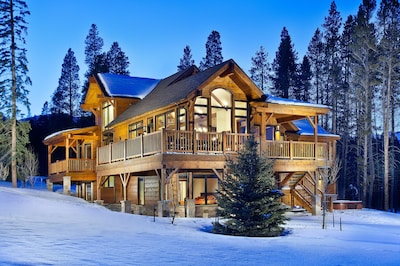 Exterior - Enjoy this large custom home on your trip to Breckenridge.