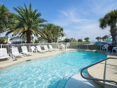 Pool - Enjoy crystal clear waters at the shared pool on site!