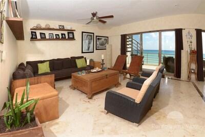 Corto Maltes 305 Playa del Carmen Living Room