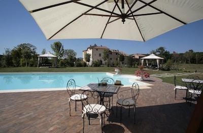 Eigentum, Schwimmbad, Grundeigentum, Gebäude, Haus, Urlaub, Terrasse, Zuhause, Schatten, Möbel