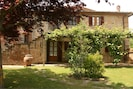 Pflanze, Gebäude, Fenster, Eigentum, Botanik, Baum, Haus, Tür, Grundstueck, Vegetation