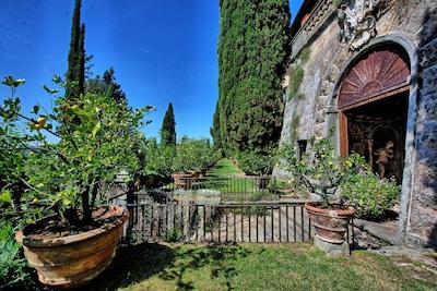 Building Exterior, Garden, Outdoor