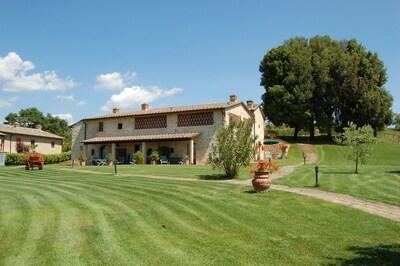 Eigentum, Rasen, Estate, Haus, Gras, Zuhause, Grundeigentum, Grundstueck, Gebäude, Bauernhaus