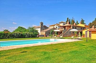 Eigentum, Schwimmbad, Estate, Gebäude, Haus, Grundeigentum, Zuhause, Resort, Villa, Gras