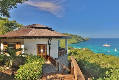 Hibiscus. The most highly rated property in Bequia. Amazing views, stunning pool