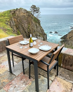Yes, this REALLY is your own private outdoor dining area on the ocean!