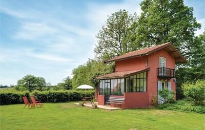 Sauvigny-le-Beureal, Yonne, France