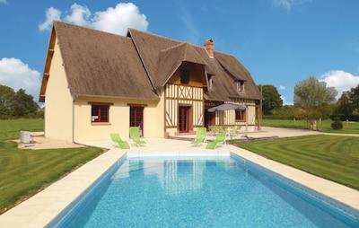 Livarot-Pays-d'Auge, Calvados, France