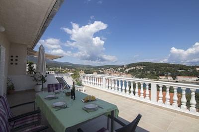 Port de Jelsa, Jelsa, Split-Dalmatie, Croatie