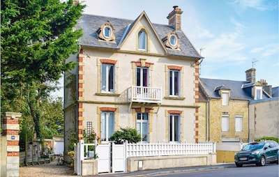 Graye-sur-Mer, Calvados (département), France