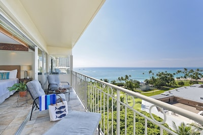 Relax on the large 160 square foot lanai!