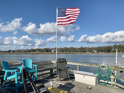 24' boat slip-View ICW-2 Capt n zero gravity chairs-Shower n scaling station