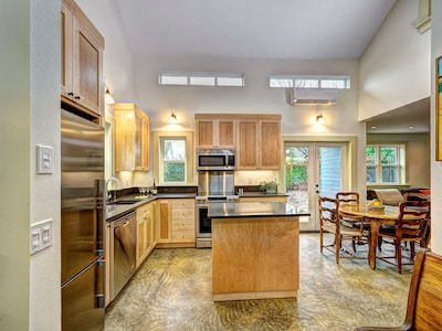 Kitchen w/double height ceiling