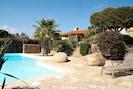 Côté piscine location corse villa luxe