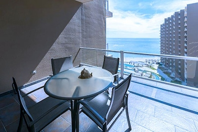 Enjoy breakfast or drinks on the patio with a perfect view!