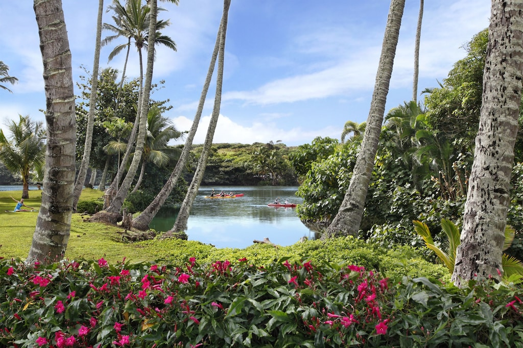 The riverside location of this enchanting Hawaii Airbnb allows for kayaking