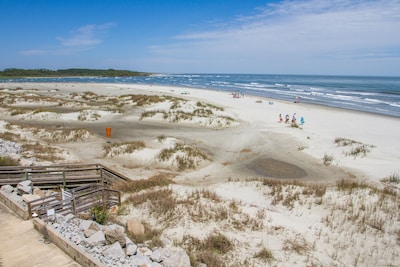Best views of the ocean and inlet in Cherry Grove directly from the balcony!