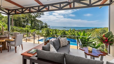 Outdoor Living with Infinity Pool & Spectacular Views!
