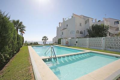 Precioso apartamento en la playa, cerca del centro de Estepona, wifi gratuito