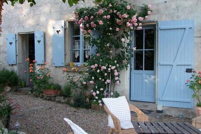 Rez de chaussée de la Maison bleue du Puy