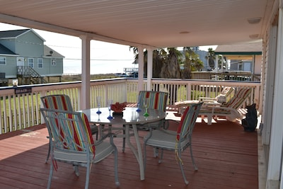 Large covered upper Deck. Great place to hang out!