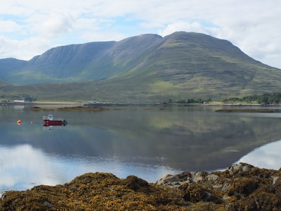 A Unique Waterside Cottage in an Awe-Inspiring Setting. West Highlands Coast.
