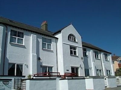 Lanteen: 2x Bedroom Mews House In Trearddur Bay, Anglesey, North Wales