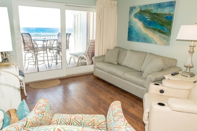 The Ocean is part of the decor!