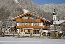Landhaus Andrea (DE Reit im Winkl) - Grießenböck Maria - 8667-Landhaus Andrea im Winter