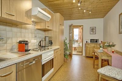 Ferienwohnung Untersberg, 2 Personen, 45 qm, Balkon mit Bergblick-Küche