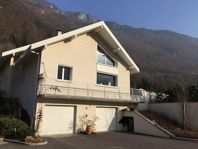 Joli Appartement  35m² - 30 min des pistes - 5 min thermes de La Léchere