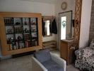 Eingang zum Apartment und Garderobe