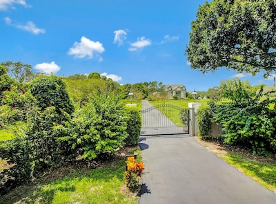 private entrance gate to Exclusive 5 acre fenced property fully fenced 5 acres