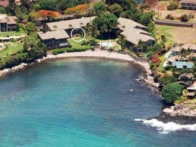 Circle shows unit 114's location in Honokeana Cove's oceanfront property