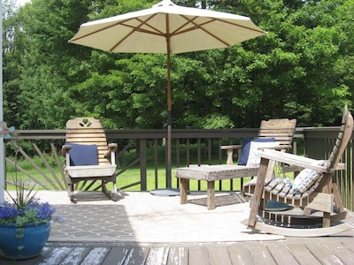 Quiet and relaxing back deck