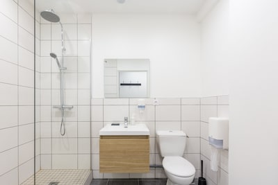 Shower room with walk-in shower | 1Stays