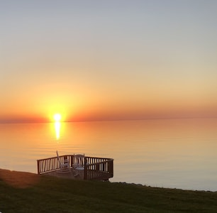 Amazing sunsets overlooking Lake Ontario