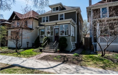 Stunning & Spacious Two Bedroom Home in Wolseley!