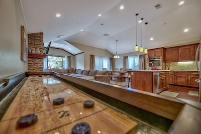 Shuffle your way to a relaxing vacation in this condo with open layout and official shuffleboard table for your enjoyment!