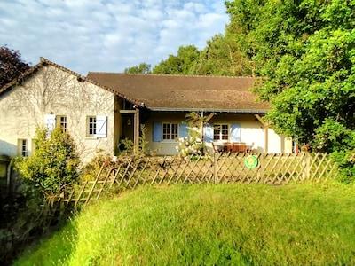 Avrillé-les-Ponceaux, Indre-et-Loire, France