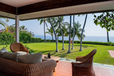 Enjoy evening pu pus on the lanai as the sun sets slowly over the Pacific