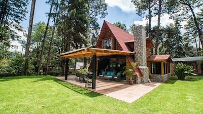 3BR Retírese a una cabaña iluminada por el sol Rendirse por la naturaleza