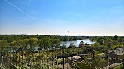 Suite terrasse du Ciel, avec vue sur le fleuve
