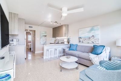 Cocoa Beach Apartment