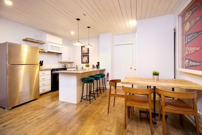 If you're looking for a perfect stay in Toronto with your family this is the one! Our house is modern and clutter-free, yet very cozy and full of amenities.