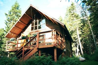 Alyeska Hideaway Vacation Rentals- Alyeska Cabin