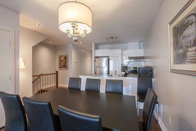 Lmvr Luxapt 4 With 3 Bedrooms And 2 Bathrooms Plateau Mont Royal